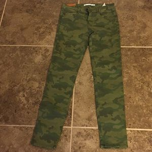 Zara distressed camo denim jeans size 4